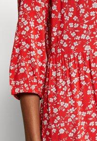 Cream - DAISYCR FLOUNCE DRESS - Day dress - aurora red - 5