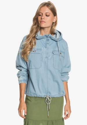 WANDER FREE - Denim jacket - light blue