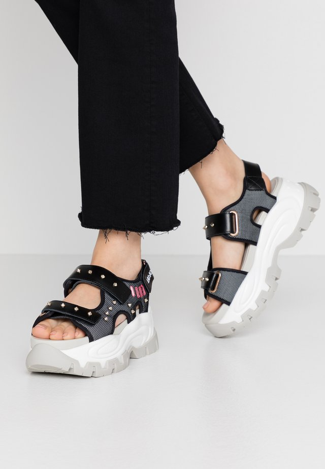WAVE - Korkeakorkoiset sandaalit - black