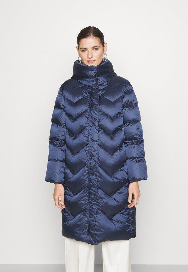 BUSSETO - Down coat - blu