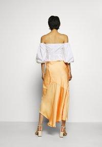 Who What Wear - ASYMMETRIC SLIP SKIRT - Maxi skirt - peach - 2