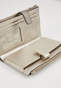 Guess - UPTOWN CHIC  - Punge - pewter - 4