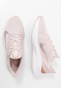 Nike Performance - ZOOM WINFLO  - Neutral running shoes - barely rose/metallic red bronze/stone mauve/metallic silver - 1
