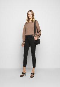 J Brand - ALANA HIGH RISE CROP SKINNY - Jeans Skinny Fit - vanity - 1