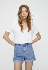 PULL&BEAR - Jeans Shorts - mottled dark blue - 0
