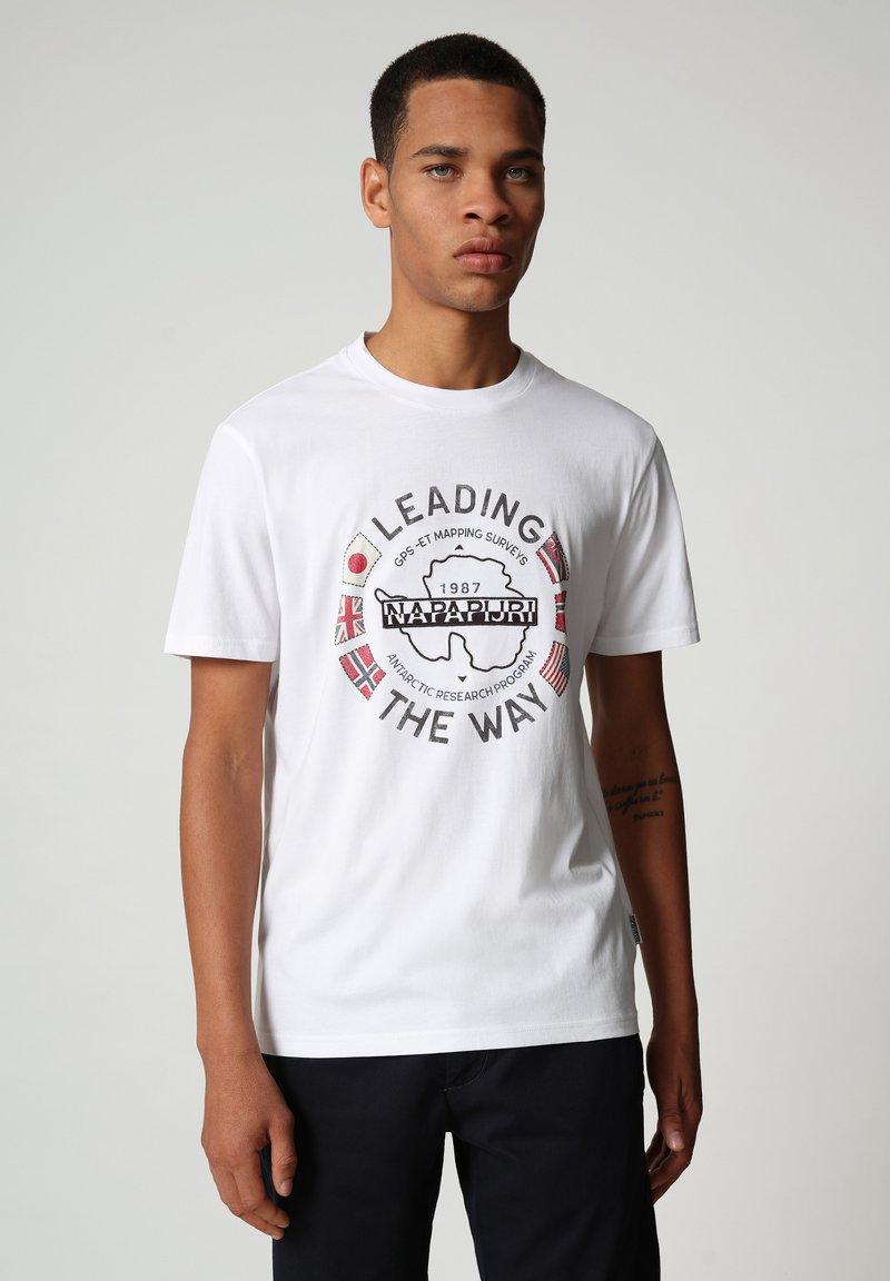 Napapijri - SALYA - T-shirt med print - bright white