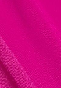Esprit Sports - Basic T-shirt - berry red - 9
