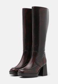 Topshop - TOKYO HIGH LEG MID PLATFORM BOOT - Kozačky na platformě - burgundy - 2