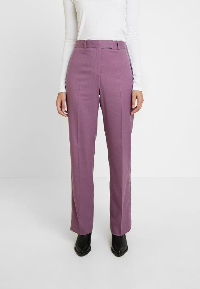 FINE CIGARETTE PANT - Trousers - purple