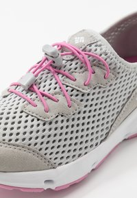Columbia - YOUTH COLUMBIA VENT - Neutral running shoes - grey ice/orchid - 2