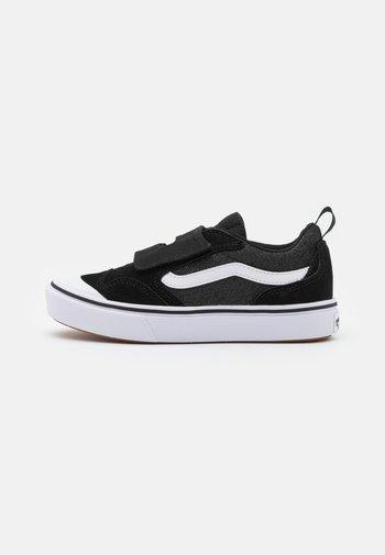 COMFYCUSH NEW SKOOL  - Zapatillas - black/true white