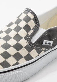 Vans - CLASSIC - Nazouvací boty - pewter/true white - 6