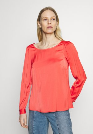 Bluser - red