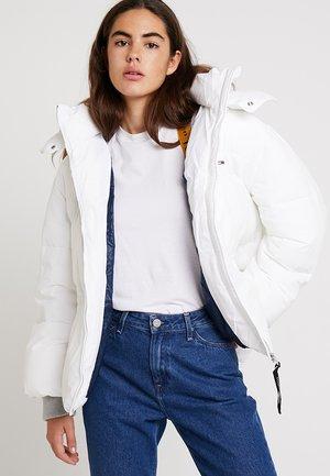 OVERSIZED JACKET - Vinterjakke - bright white