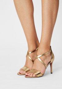Cosmoparis - VEGAN ZEANA - High heeled sandals - or - 0