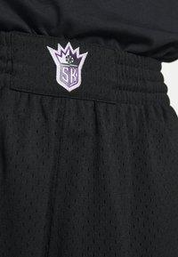Mitchell & Ness - NBA SWINGMAN SHORTS SACRAMENTO KINGS - Sports shorts - black - 4