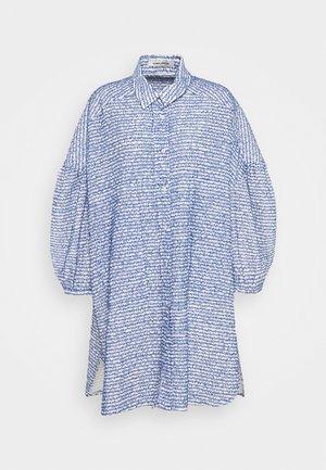 MOMENT - Denní šaty - light blue