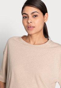 ARKET - T-shirt basique - beige - 4