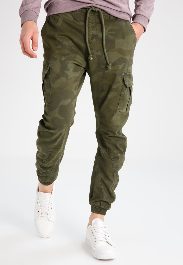 Urban Classics - Cargo trousers - olive