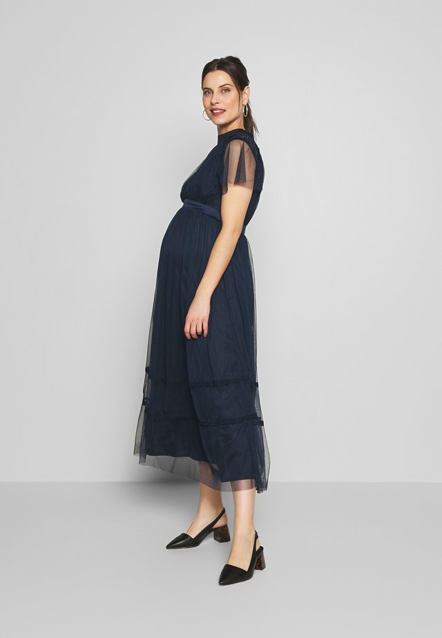 KEYHOLE FRONT SHORT SLEEVE MIDI DRESS  - Galajurk - navy