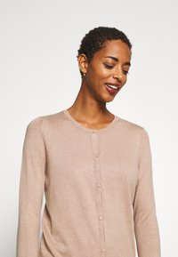 Anna Field - BASIC- crew neck cardigan - Kardigan - camel melange - 4