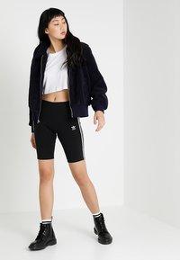 adidas Originals - CYCLING SHORT - Shorts - black - 1