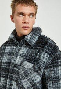PULL&BEAR - Fleece jacket - mottled dark grey - 3