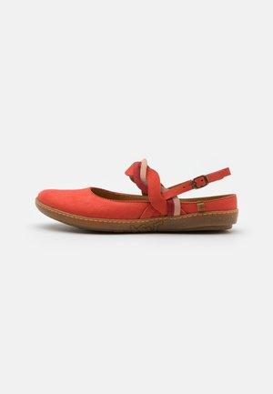Slingback ballet pumps - coral