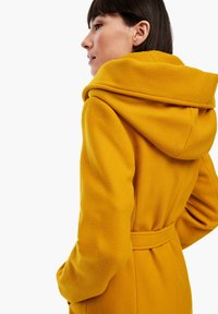 s.Oliver - Short coat - yellow - 3
