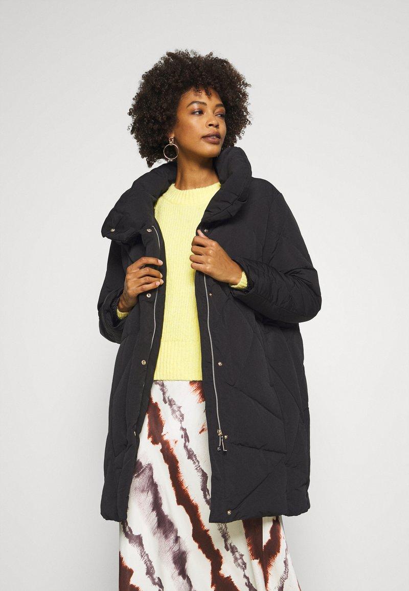 comma - Down coat - black