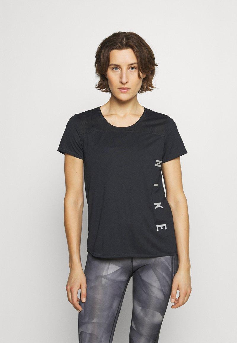 Nike Performance - RUN MILER  - Camiseta estampada - black/particle grey/silver