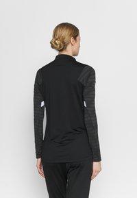 Nike Performance - STRIKE21 - Treningsskjorter - black/anthracite/white - 2