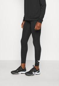 Nike Performance - RUN - Trikoot - black/white - 0
