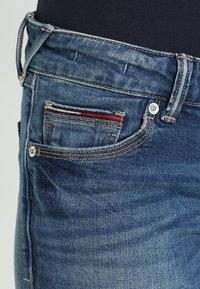 Tommy Jeans - LOW RISE SKINNY SOPHIE - Vaqueros pitillo - royal blue stretch - 3