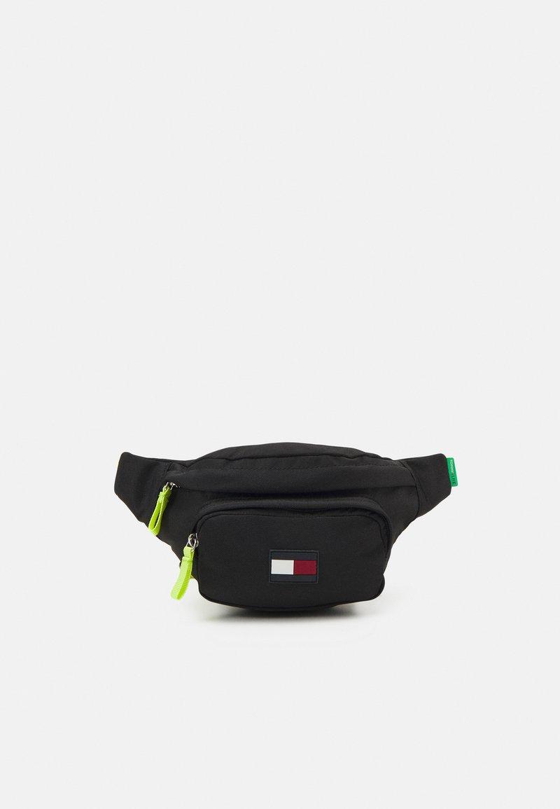 Tommy Hilfiger - CORE BUMBAG UNISEX - Across body bag - black