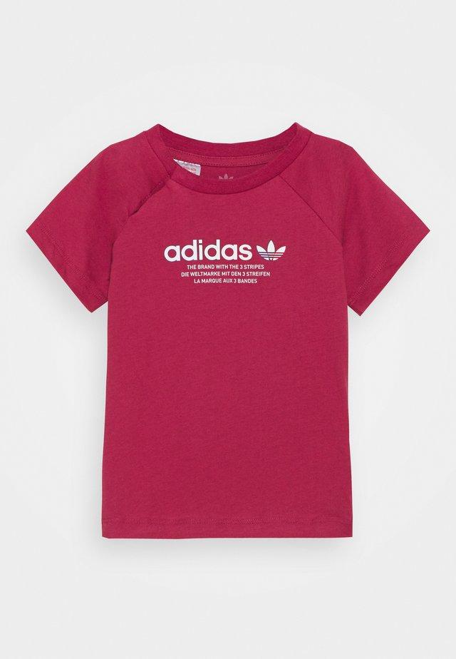 TEE UNISEX - Camiseta estampada - pink