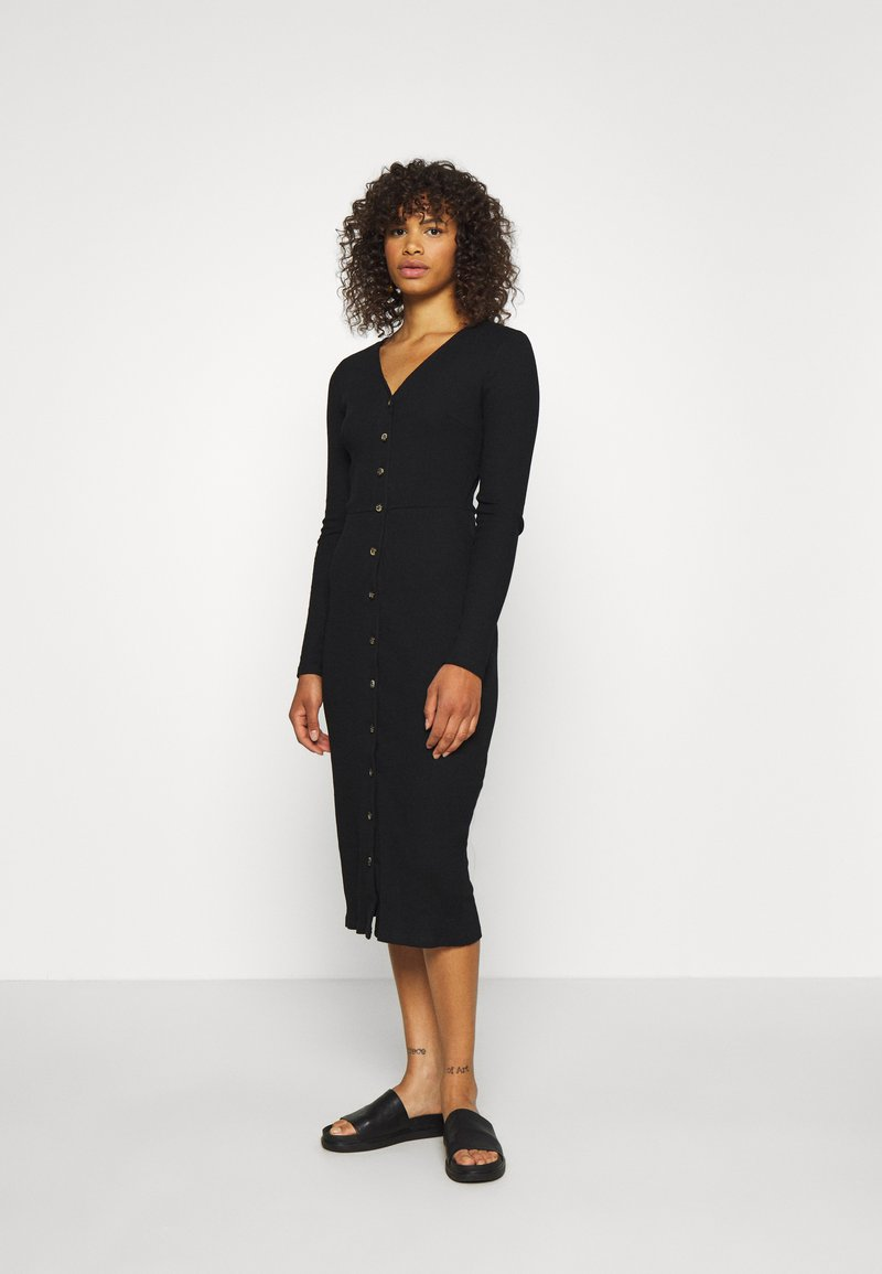 Glamorous Tall - BUTTON DOWN LONG SLEEVE DRESS - Pletené šaty - black