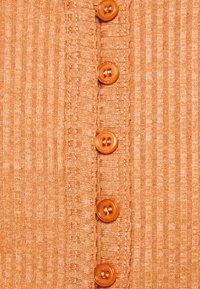 Fashion Union Tall - FENNEL CARDI - Chaqueta de punto - orange - 5