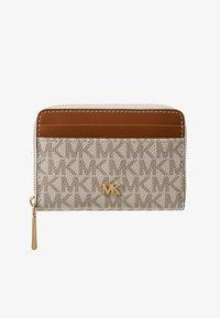MICHAEL Michael Kors - MOTT COIN CARD CASE COATED - Monedero - vanilla - 1
