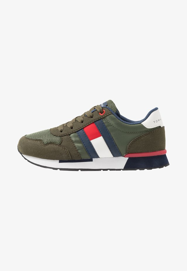 Sneakers laag - green
