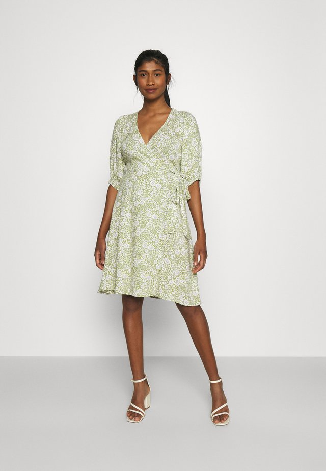 DITA DRESS - Korte jurk - green/white
