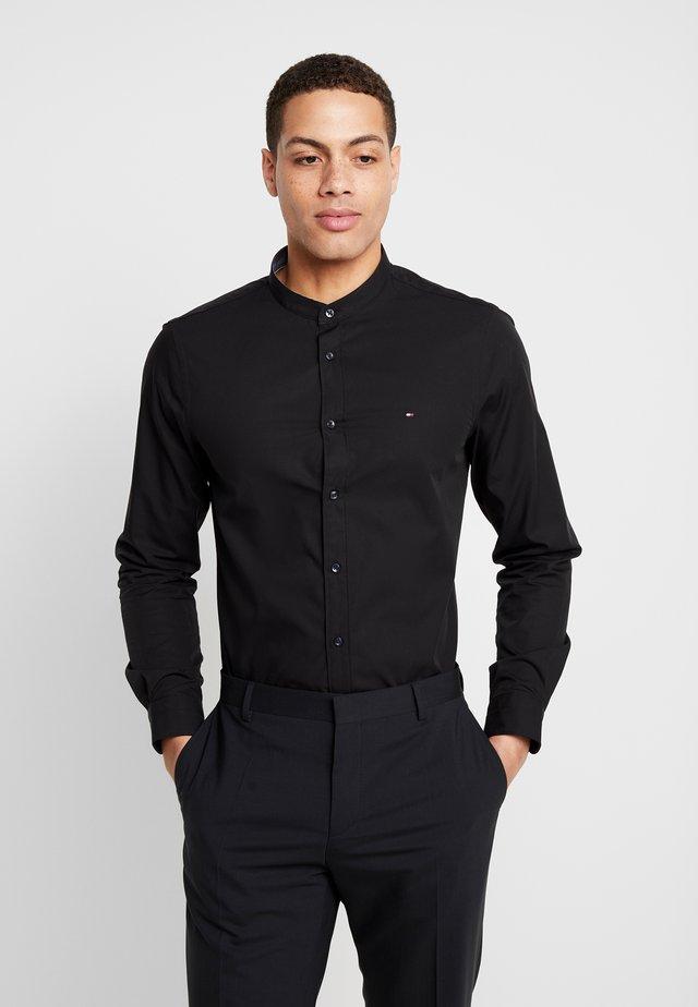 POPLIN BAND COLLAR SLIM SHIRT - Shirt - black