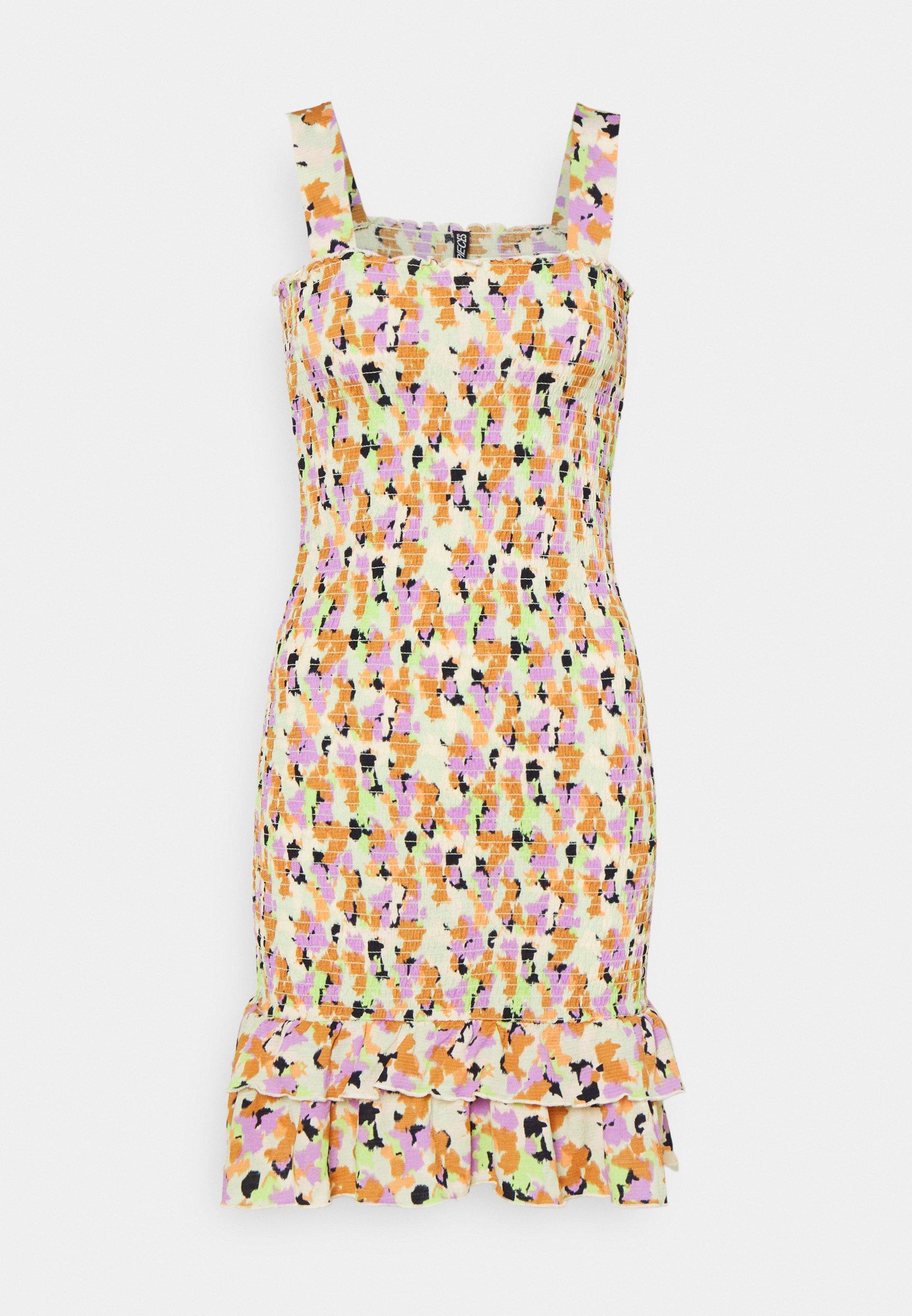 Women PCTAYLIN SMOCK DRESS - Day dress