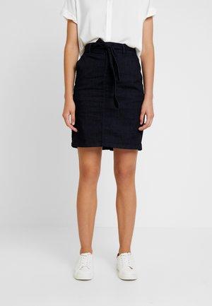 DARK SKIRT - Pencil skirt - clean rinsed blue denim