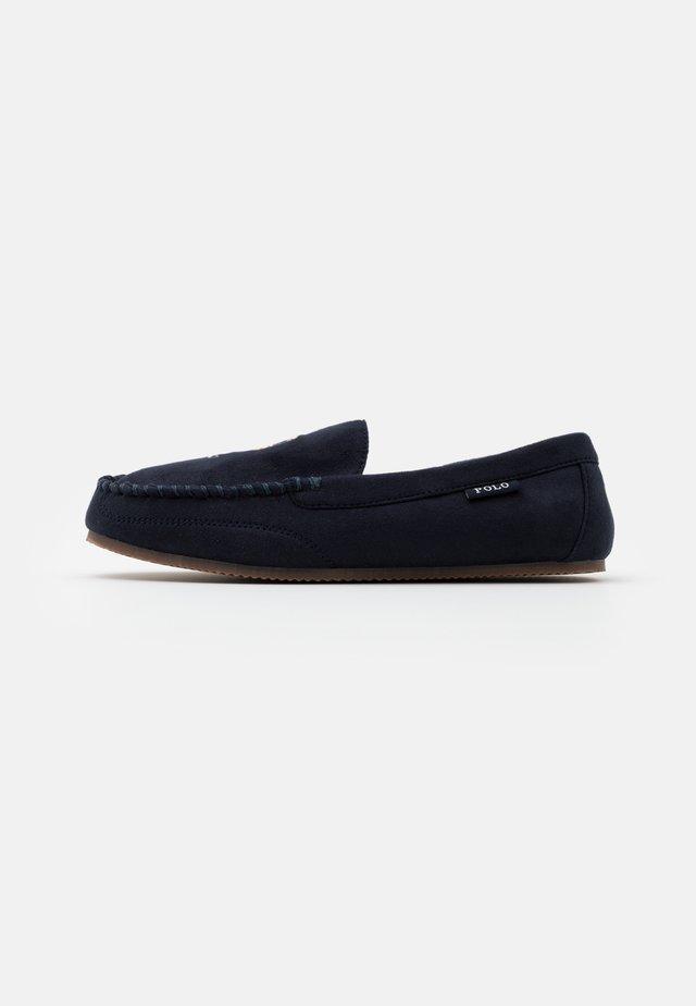 DEZI BEAR - Pantoffels - navy