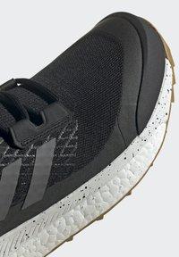 adidas Performance - TERREX FREE HIKER PRIMEBLUE WANDERSCHUH - Outdoorschoenen - black - 11