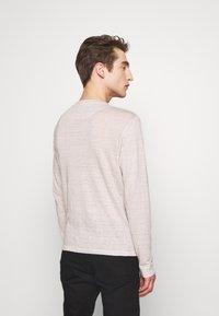 120% Lino - T-shirt à manches longues - turtle soft fade - 2