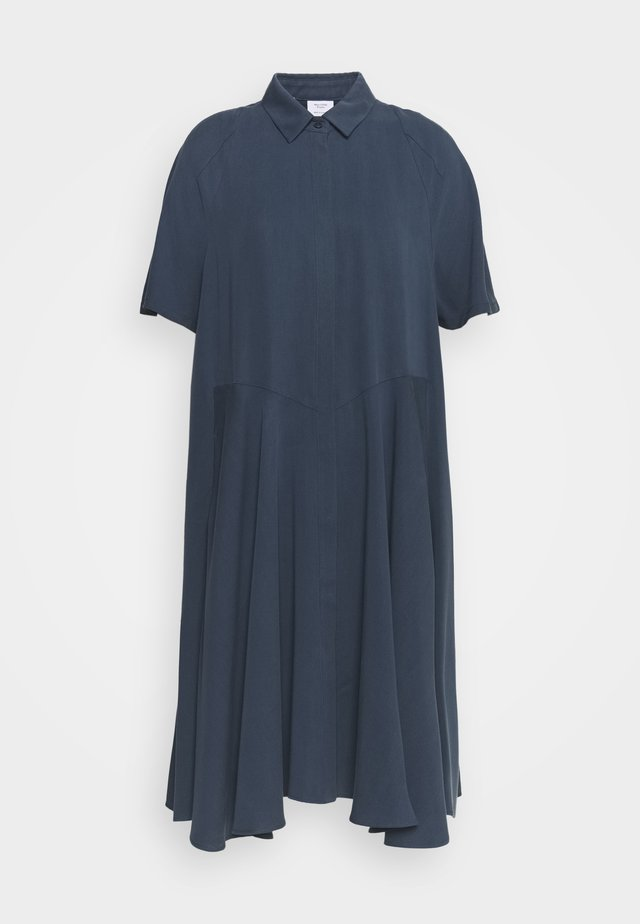 SHIRTDRESS - Blousejurk - blue