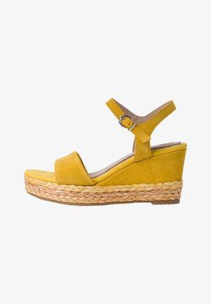 BY GUIDO MARIA KRETSCHMER - Sandalen met hoge hak - yellow