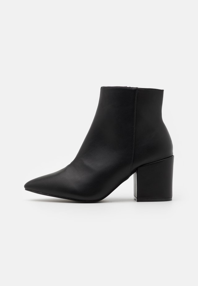WIDE FIT KOLAH - Ankle boot - black